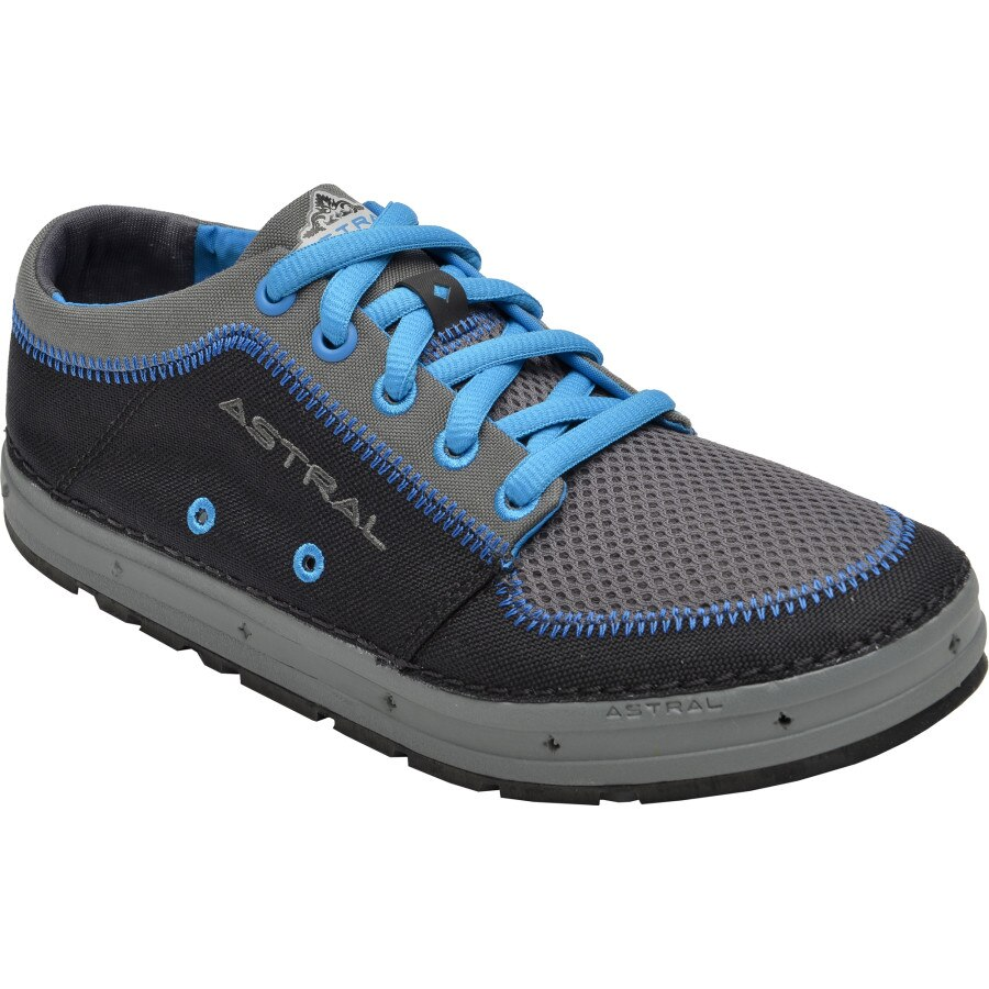 Water shoes, which are also referred to as aqua socks, are a type of footwear designed to be worn in the water. The water shoes have flexible rubber soles and help protect feet from sharp objects in the water.