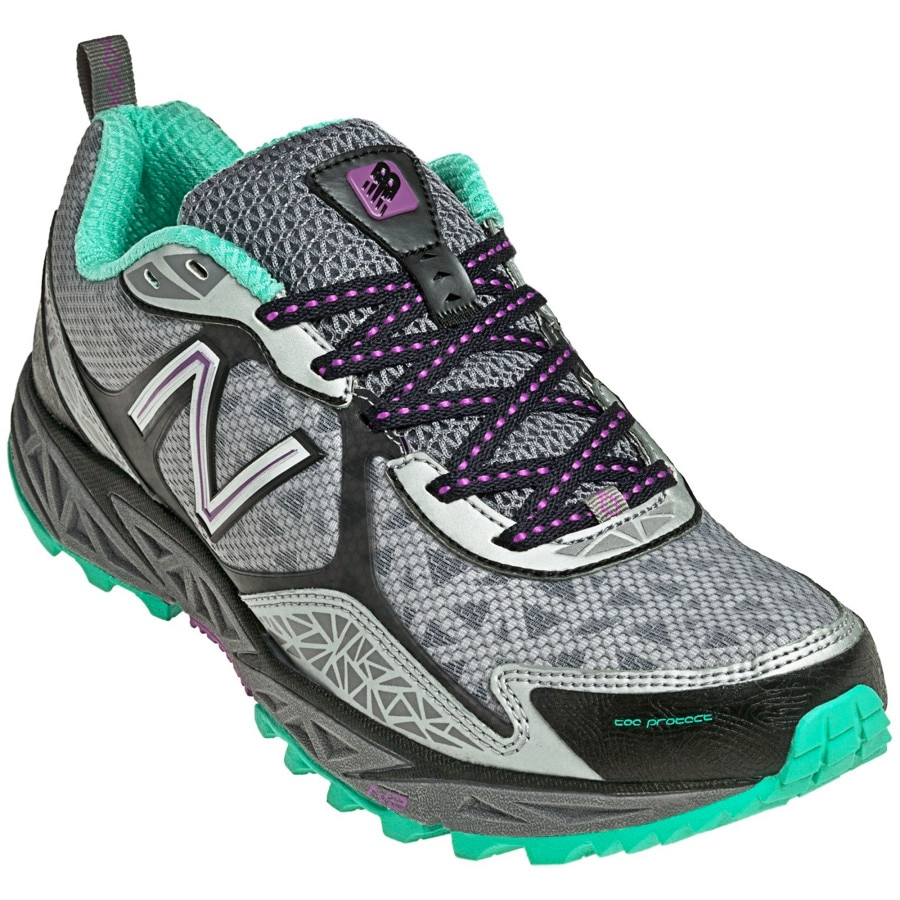Women's New Balance 710 Trail Runner Shoes, Pink / Black