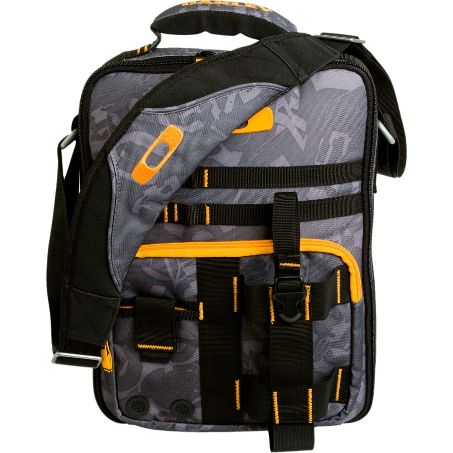 Laptop bags malta - Oakley Vertical Laptop Messenger Bag