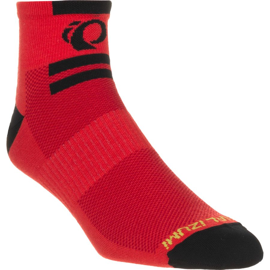 Keep your feet comfortable through any athletic pursuit with SofSole® Sport Lite Low Cut Socks for Men. These low cut performance socks deliver top quality protection and comfort with their deep heel construction for an excellent fit and slip resistance and arch band for support and a secure fit.