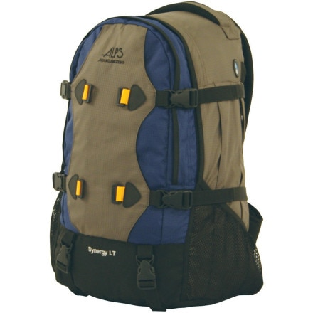 photo: ALPS Mountaineering Synergy LT overnight pack (2,000 - 2,999 cu in)