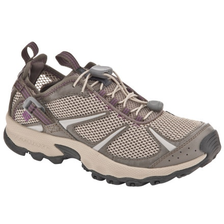 photo: Columbia Women's Outpost Hybrid 2 water shoe