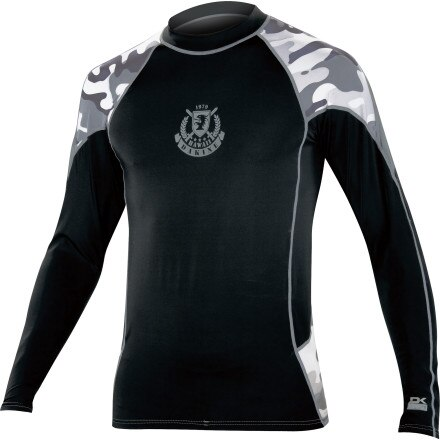 photo: DaKine Enforcer long sleeve rashguard