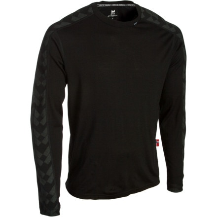 photo: Dale of Norway Long Sleeve Top base layer top