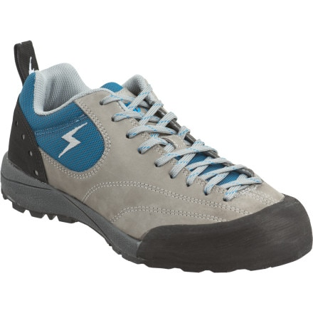 photo: evolv Women's Bolt approach shoe