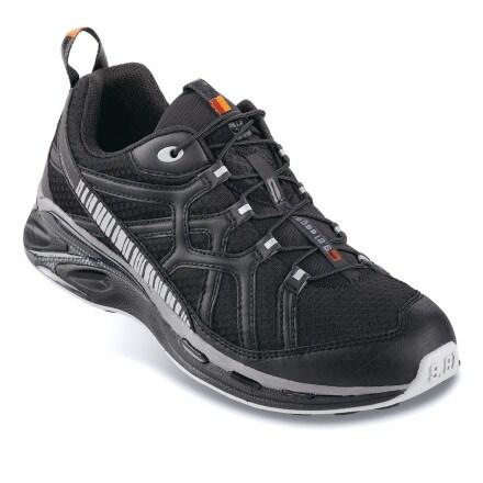 photo: Garmont Men's 9.81 Escape trail running shoe