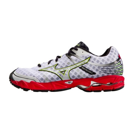 photo: Mizuno Wave Precision 12