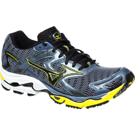 photo: Mizuno Wave Nirvana 8