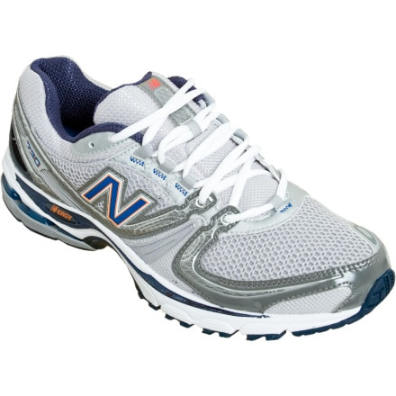 photo: New Balance MR730 trail running shoe