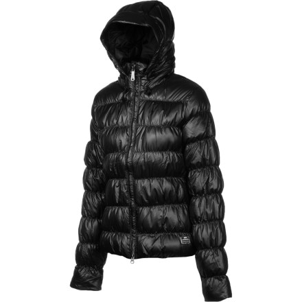 photo: Nike ACG 800 Fill Hooded Down Jacket