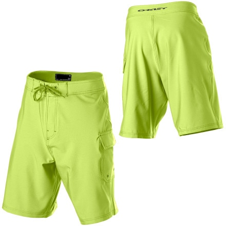 photo: Oakley Dredge 2.8 Board Short