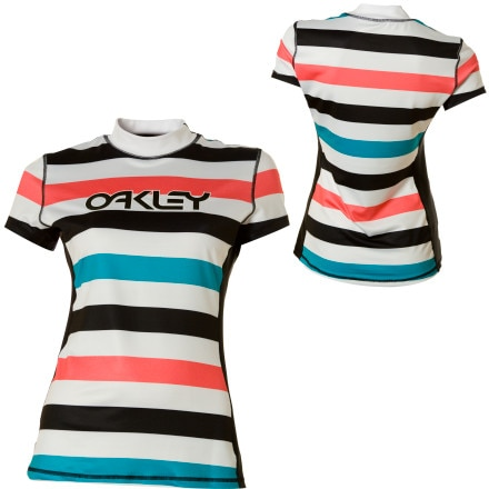 photo: Oakley Re-Tro Rashguard short sleeve rashguard