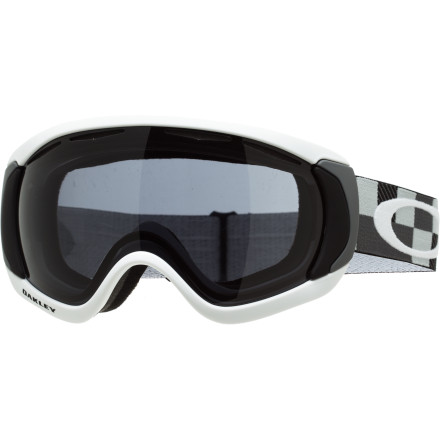 photo: Oakley Canopy Goggle