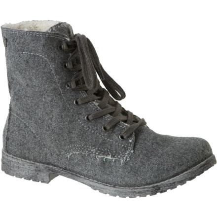 photo: Roxy Arbor Boot winter boot