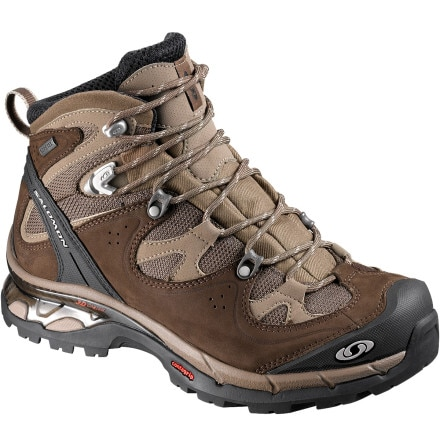 photo: Salomon Women's Comet 3D GTX