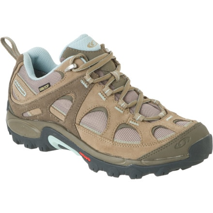 photo: Salomon Exit 2 Aero trail shoe
