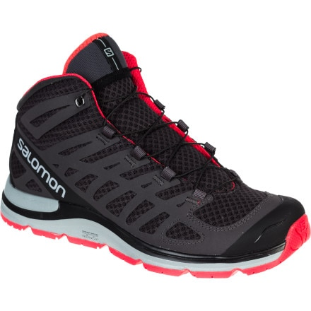 photo: Salomon Women's Synapse Mid