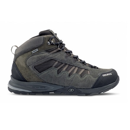 photo: Tecnica Cyclone III Mid GTX trail shoe