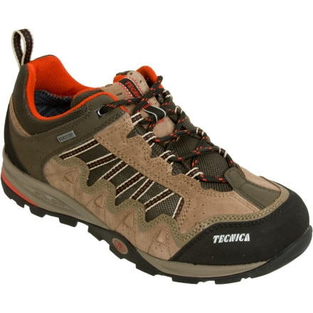 photo: Tecnica Cyclone III GTX Low