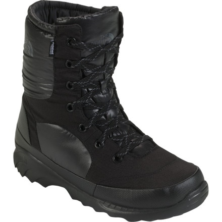 photo: The North Face Dark Star WP Boots winter boot