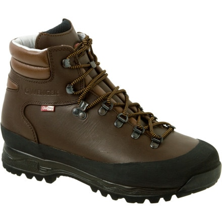 photo: Wenger Diavolo backpacking boot