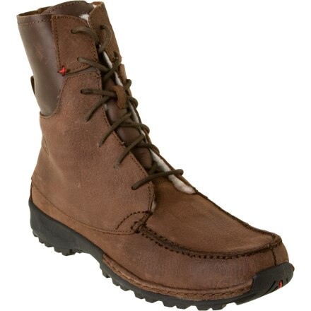 photo: Wenger Alpen Trapper Insulated Boots hiking boot