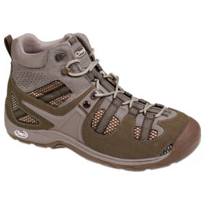 photo: Chaco Canyonland Mid hiking boot