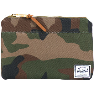 Herschel Supply Field Pouch