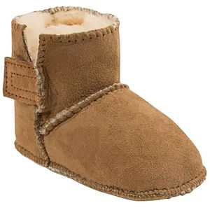Minnetonka Sheepskin Pug Bootie - Toddler and Infants'