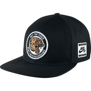 Nike SB Tiger Perf Trucker Hat