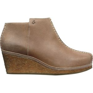 Olukai Humu Wedge Shoe - Women's