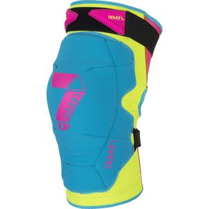 7 Protection Flex Knee Guards