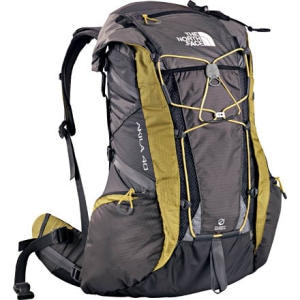 photo: The North Face Akila 40 overnight pack (2,000 - 2,999 cu in)