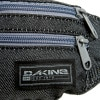 DAKINE Classic Hip Pack Fabric Detail