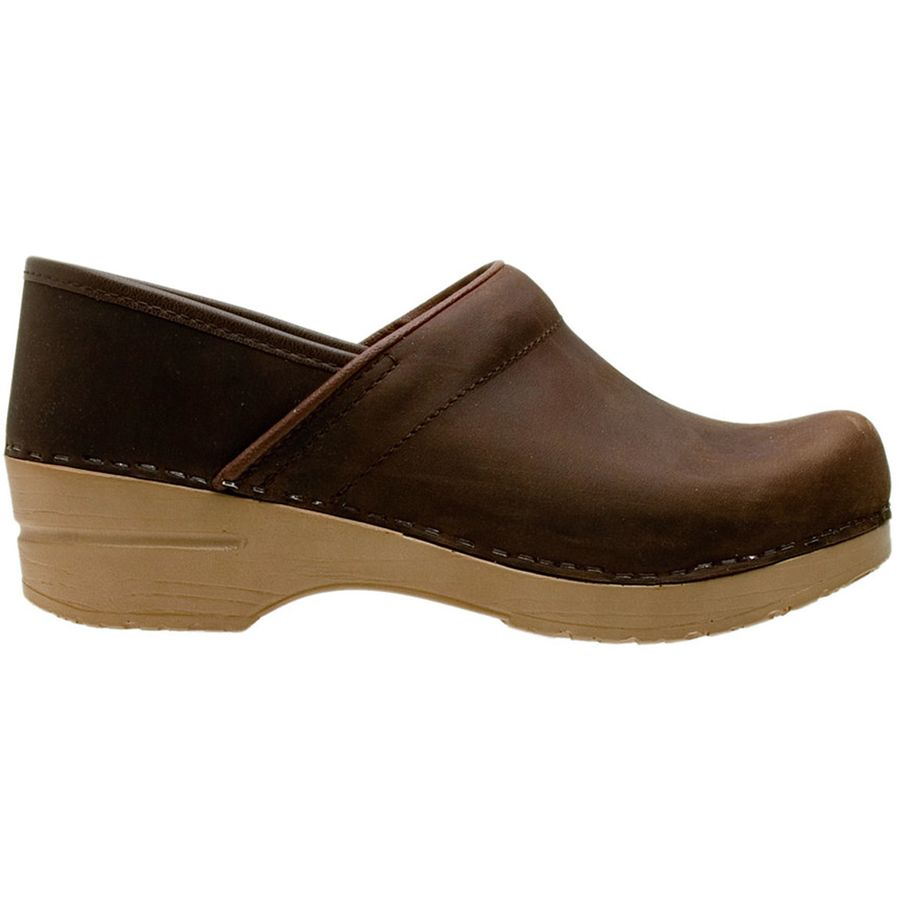 Dansko - Light Sole Professional Clog - Women's - Antique Brown