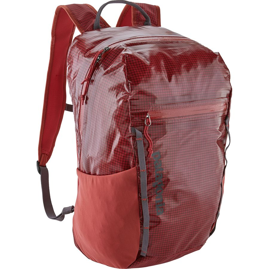 913f4311f Patagonia Lightweight Black Hole 26L Backpack | Backcountry.com