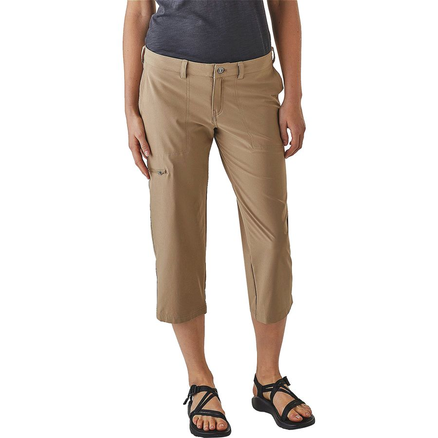 Shop Cute Women's Cropped Pants and Capris at Old Navy Online. Create signature styles from the variety of hip cuts of trendy capri pants for women from Old Navy. An Updated Wardrobe Staple Offered in Multiple Styles. Discover a fresh approach from the edited updates to a basic wardrobe staple in this collection of trendy women's capris.