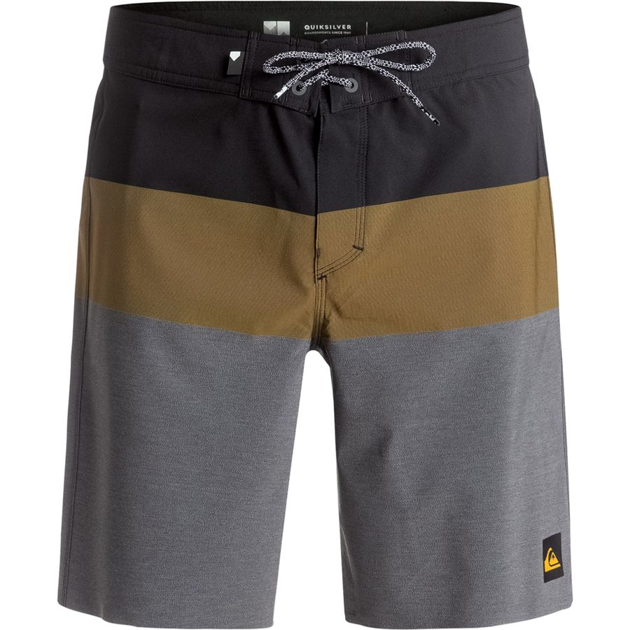 Quiksilver Blocked Vee 20 Board Short - Mens