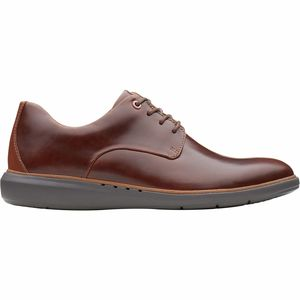 Clarks Un Voyage Plain Shoe - Men's