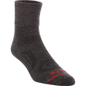 FITS Ultra Light Performance Trail Quarter Socks