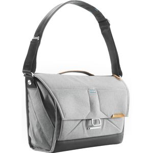Peak Design Everyday 15in Messenger Bag
