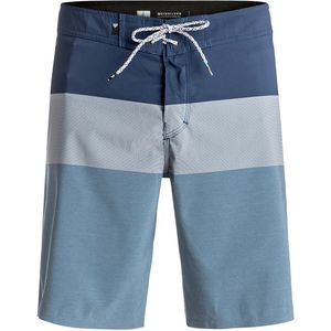 Quiksilver Blocked Vee 20 Board Short - Men's