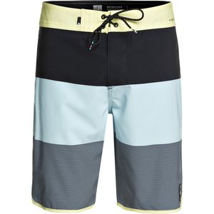 Quiksilver Highline Tijuana Scallop 20in Board Short - Men's
