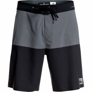 Quiksilver Highline Division Pro 19in Board Short - Men's